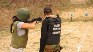 Seguidamente la fase práctica se realizó en el Grupo de Acciones de Comando  de la Guardia Nacional Bolivariana ubicado en Macarao 034afb57df1
