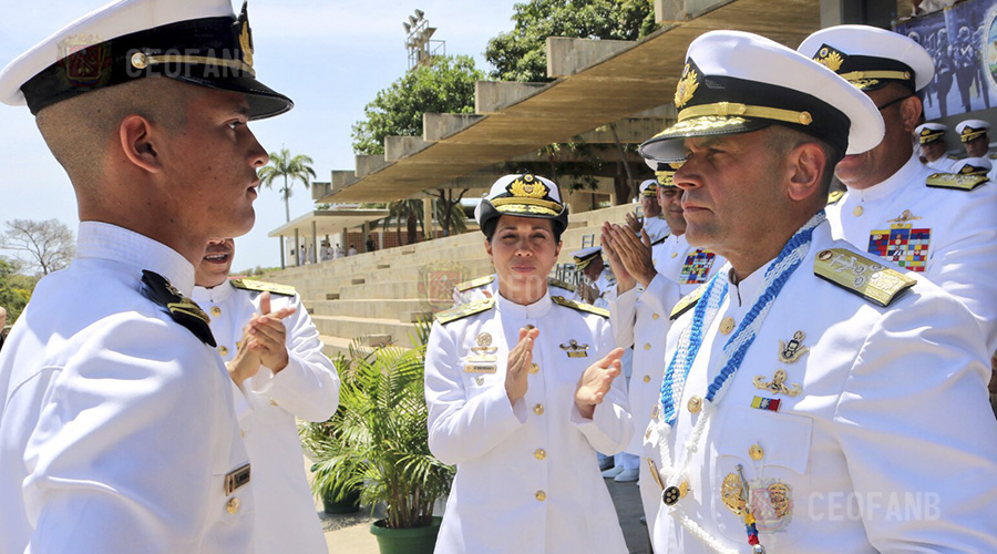 """AJ Ceballos Ichaso: """"Un marino no abandona otro marino"""""""